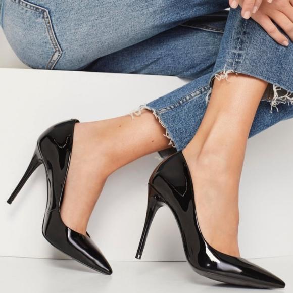 Almost like new Aldo Stessy Women Black Heels size 6.5